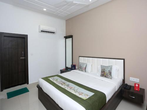 OYO Rooms Fatehbad Road