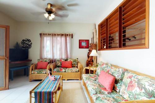 Zinnia @ Caribe Island, San Pedro
