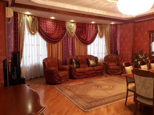 Family Apartment Nizami 149, Baku
