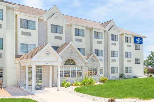 Microtel Inn & Suites by Wyndham Green Bay