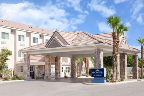 Microtel Inn & Suites by Wyndham Wellton