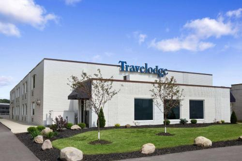 Travelodge by Wyndham Hubbard OH