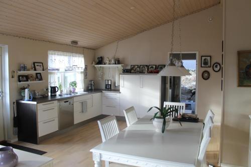 Jóna's House, Miðvágur