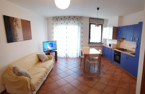 V12 Apartments - Tadini 14