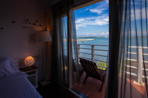 海景雙人房 - 有陽台 (Double Room with Balcony and Sea View)