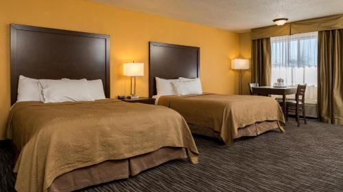 Cerulean Hotel, a Running Y Property