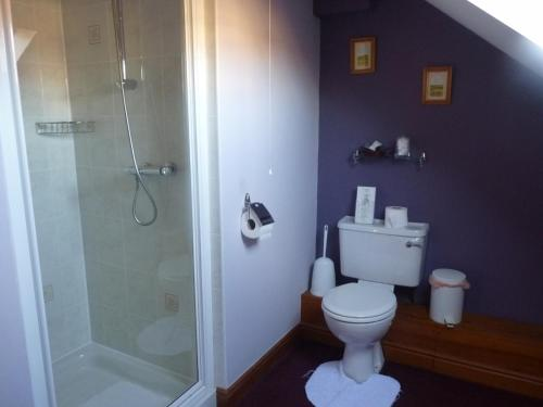 Double Room with Shower (7)