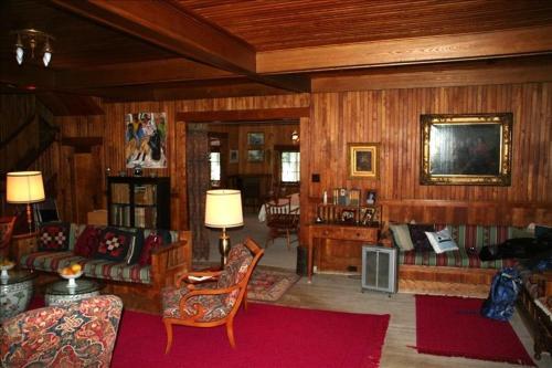The Wheeler Family Cottage
