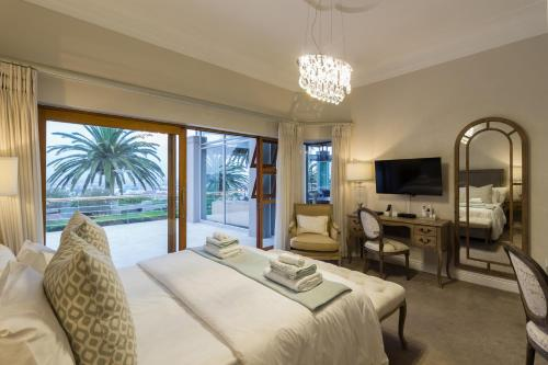 Familien-Suite mit 2 Schlafzimmern und Meerblick (Family Two-Bedroom Suite with Sea View)