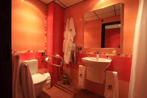 Habitación Doble - 1 o 2 camas - Uso individual Casa Baños de la Villa 3