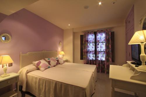Habitación Doble - 1 o 2 camas - Uso individual Casa Baños de la Villa 6