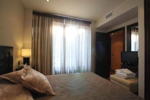 Suite Apartamento 2 dormitorios Casa Baños de la Villa 1