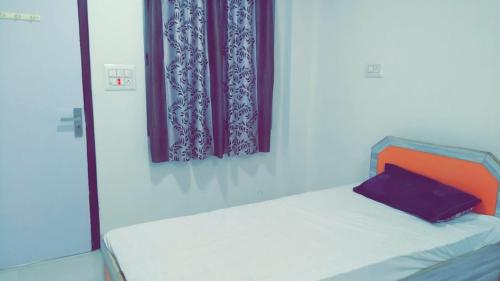 Gorbandh guest House