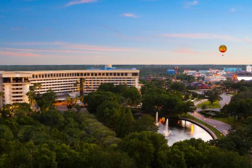 Hilton Orlando Lake Buena Vista In The Walt Disney World Resort