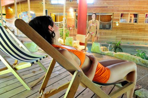 Aec vacances les becchi village et club de vacances - Piscine samoens horaires ...