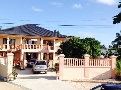 Paradise First Hotel, Nuku'alofa
