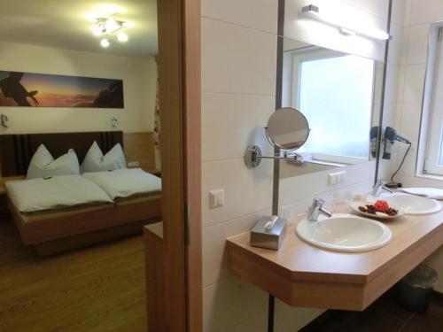 Die Schladmingerin - Apartment mit 3 Schlafzimmern und Balkon
