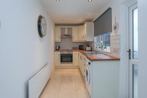 Kingston Serviced Accommodation - Donegall Avenue