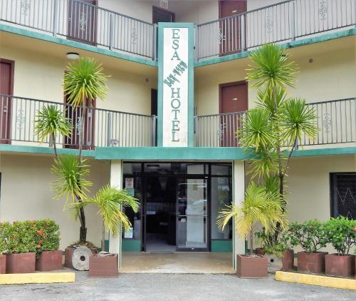 ESA Bay View Hotel, Colonia