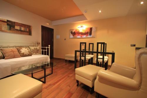 Suite Apartamento 2 dormitorios Casa Baños de la Villa 5