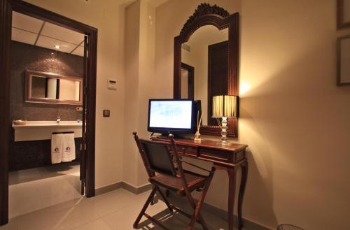 Habitación Doble - 1 o 2 camas - Uso individual Casa Baños de la Villa 9