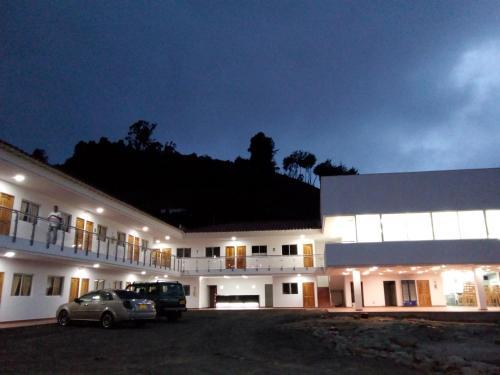 Hotel Puerta del Sol - El Santuario