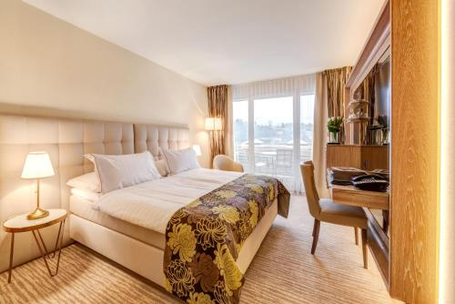 Çift Kişilik Oda Balkonlu (Double Room with Balcony)