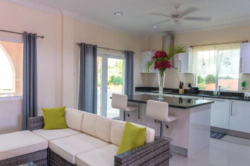 Belle View Duplex Suite w/Plunge Pool, Gros Islet
