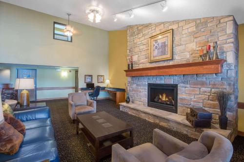 Amara Inn & Suites