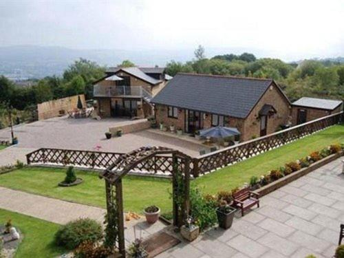 Photo of Winchfawr Lodge Hotel Bed and Breakfast Accommodation in Merthyr Tydfil Merthyr Tydfil