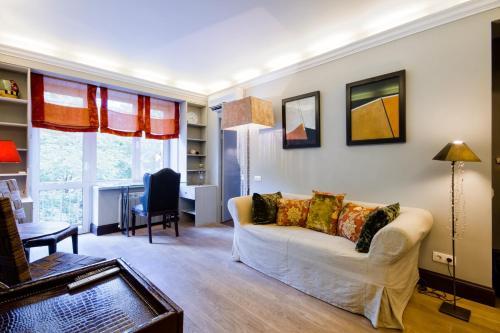 LikeHome Apartments Frunzenskaya