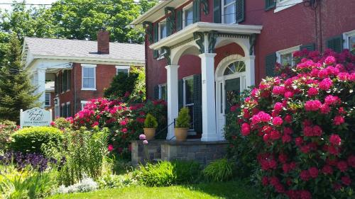 Grape Arbor Bed and Breakfast