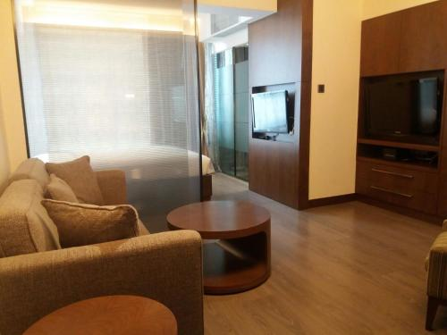 Y Serviced Apartment