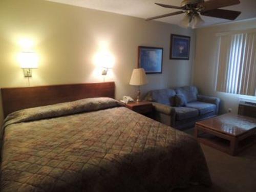 Two Bedroom on Missouri 13