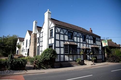 Photo of The Green Man Inn Hotel Bed and Breakfast Accommodation in Fownhope Herefordshire