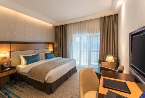 Golden Tulip Media Hotel, Dubaj