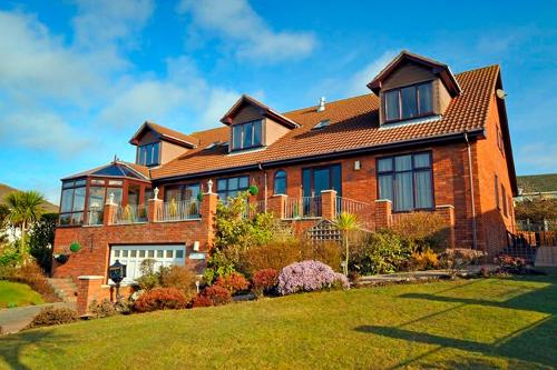 Photo of Englewood Lodge Hotel Bed and Breakfast Accommodation in Onchan Isle of Man