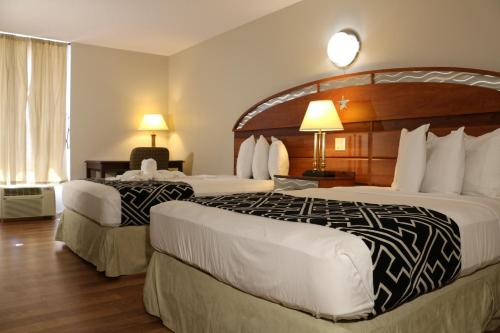 Standard Doppelzimmer mit 2 Doppelbetten (Standard Double Room with Two Double Beds)