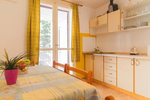 Apartment Podgora 6646a
