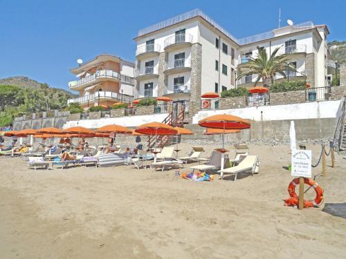Отель Acciaroli Vacanze Residence 0 звёзд Италия