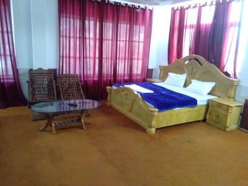 Hotel Hrithik Palace