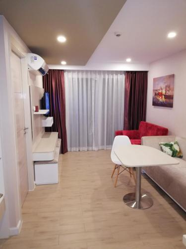 Apartament Estàndard (Standard Apartment)