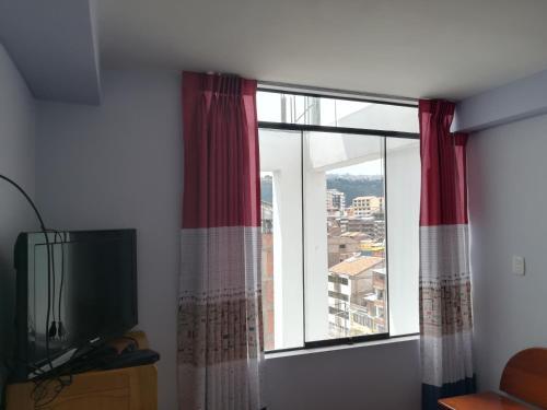 Duplex Amplio, Cuzco