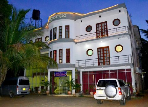 Thampa Tourist Hotel Managed by Star Rest