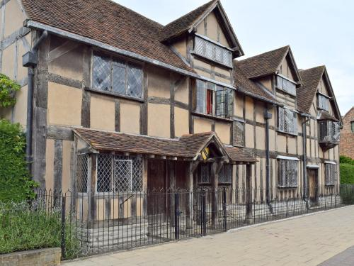 Bards Well, Stratford-upon-Avon