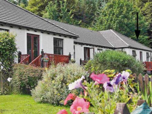 3 Brenfield Croft Cottages