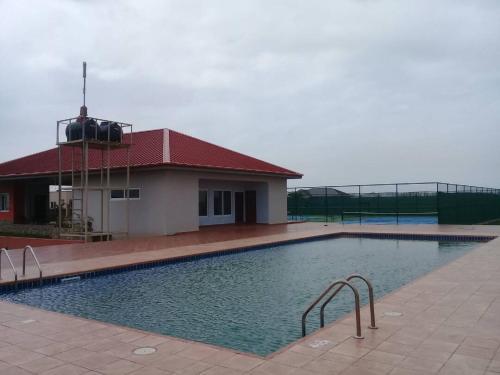 Solé Lodge, Prampram