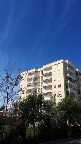 Geni Apartment, Дуррес