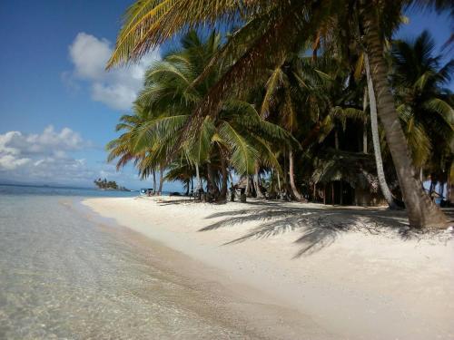 Isla Cabañas Demar Achudup