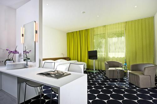 Tryp by Wyndham Frankfurt photo 20